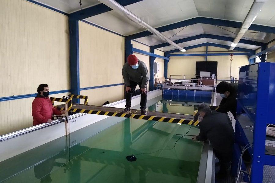 Evaluaron la efectividad de las cortinas de microburbujas de aire en el control de ruido submarino y de fenómenos algales nocivos